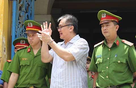 Phạm Công Danh lãnh 30 năm tù cùng món nợ hơn 5.000 tỉ