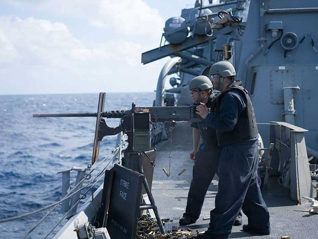 Nhật không tuần tra với Mỹ ở biển Đông
