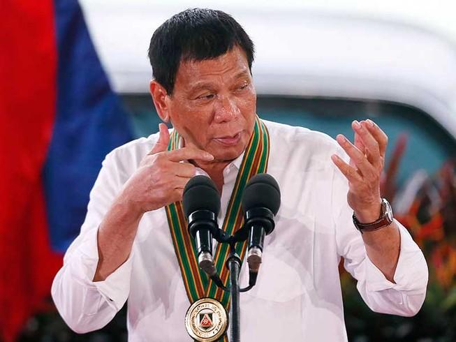 Người phát ngôn tổng thống đỡ lời cho ông Duterte