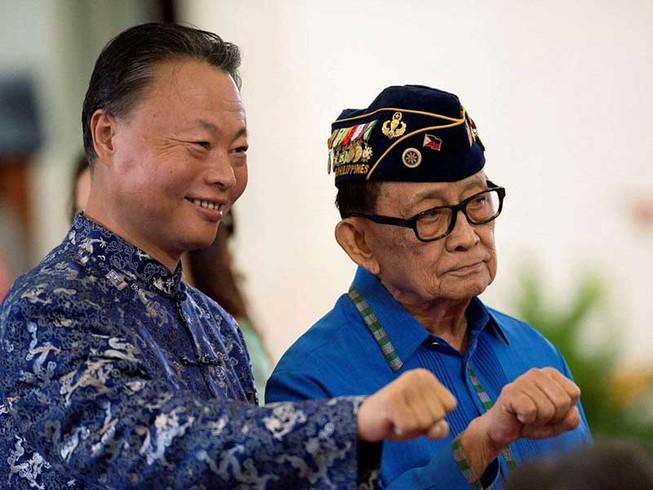 Philippines muốn nhiều tỉ USD từ Bắc Kinh