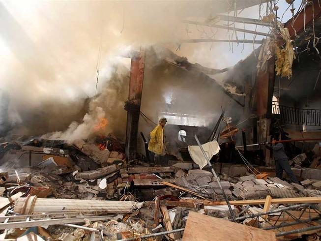 Liên quân Ả Rập thừa nhận ném bom nhầm vào dân