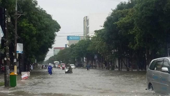 Hỗ trợ 260 tỉ cho 12 địa phương khắc phục thiệt hại bão