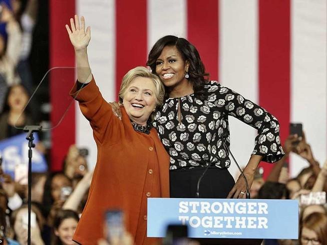 Bà Michelle Obama vận động chung với bà Clinton