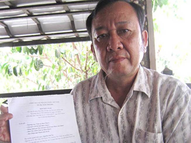 Bí thư Tỉnh ủy chỉ đạo cấp giấy đỏ cho dân