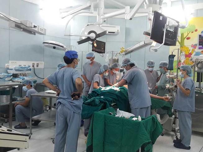 Hơn 200 bệnh nhi mòn mỏi chờ ghép tạng