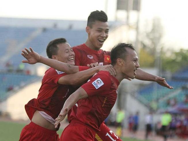 Việt Nam - Malaysia (1-0): Nóng và nhạt!