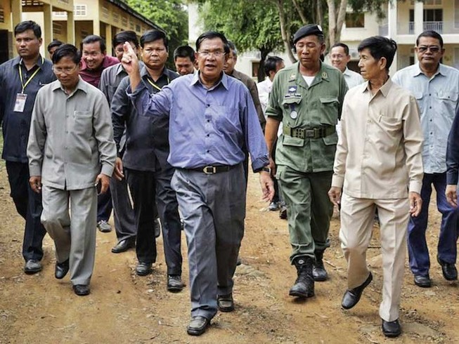 Vì sao Campuchia tăng chi quốc phòng?