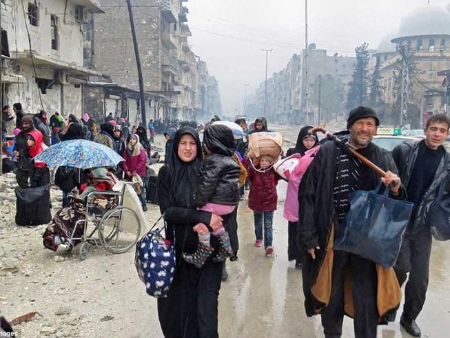 Súng lại nổ sau thỏa thuận ngừng bắn, rút lui ở Aleppo