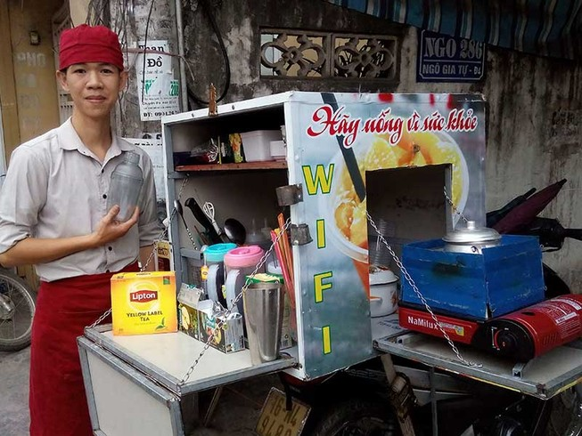 Bartender cho các bà bán rau