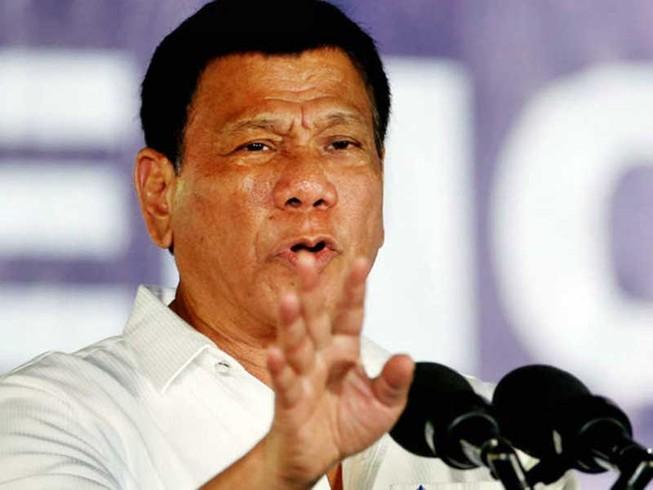 Ông Duterte mặc kệ Trung Quốc quân sự hóa các đảo