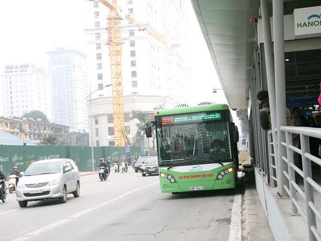 Các xe lấn buýt nhanh sẽ bị phạt