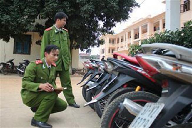 Nhóm trộm cả chục người chuyên 'săn' xe máy ở Vũng Tàu