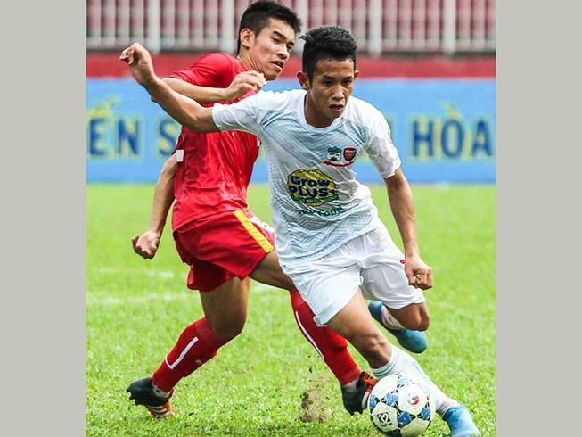 Vòng 2 V-League: HA Gia Lai lại thua
