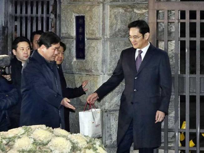Tổ điều tra độc lập 'bám sát' ông Lee Jae-yong