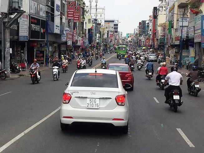 Ô tô được đi 2 chiều đường Phan Đình Phùng