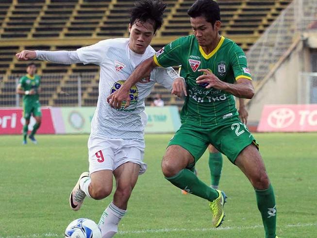Vòng 5 V-League: Công Phượng và đồng đội dưới 2 màu áo