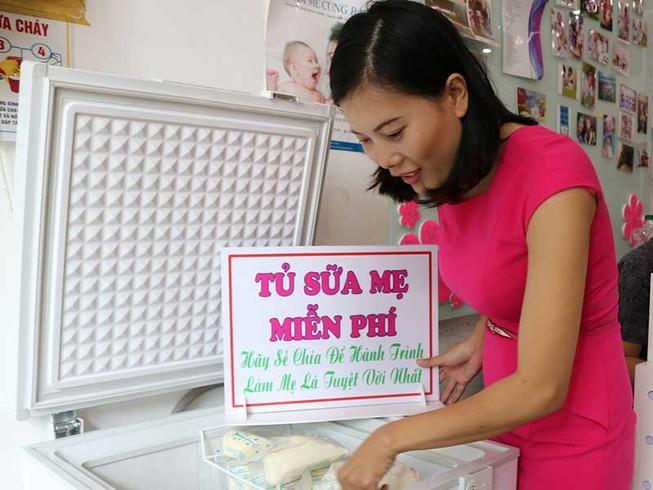 Tủ sữa mẹ miễn phí trên đường Cộng Hòa
