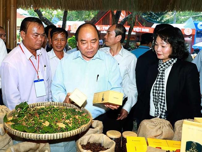 Thủ tướng dự lễ hội cà phê Buôn Ma Thuột