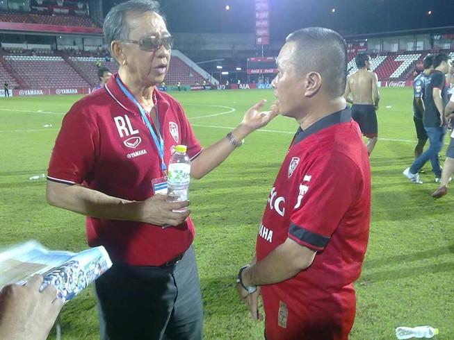 Nghĩ về hai nền bóng đá Việt-Thái qua cấp CLB
