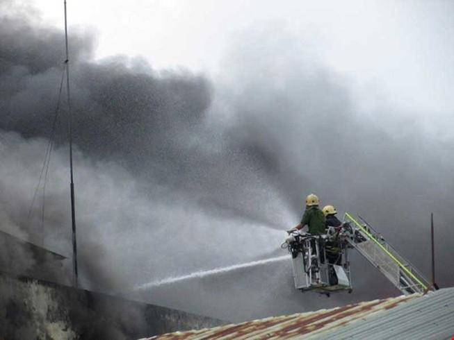 Vụ cháy 5 ngày ở Cần Thơ nghi do chập điện