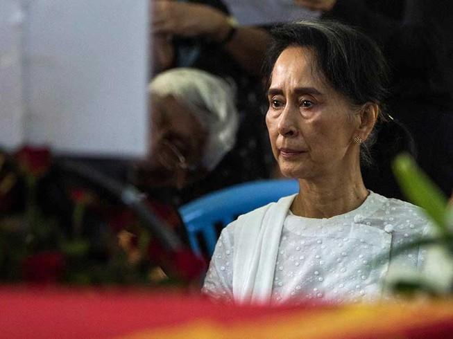 Bà Aung San Suu Kyi trước thách thức lớn