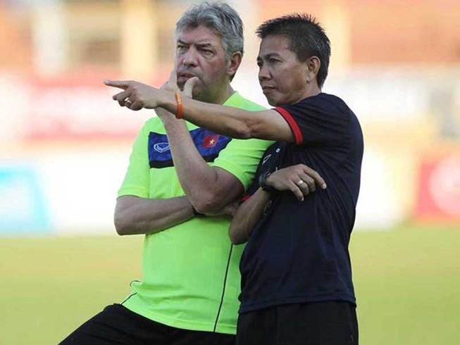 Ai đang phá bóng đá Việt Nam?
