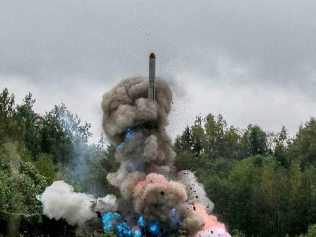 Đáp trả NATO, Nga đưa tên lửa tới 'yết hầu' châu Âu