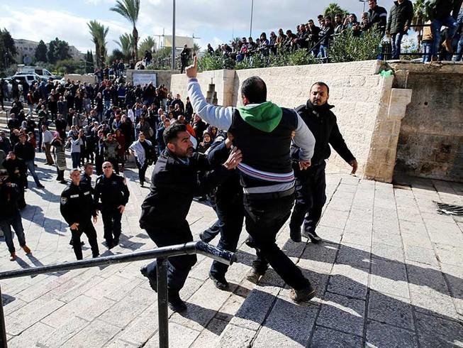 Thế giới Ả Rập sục sôi vì Jerusalem