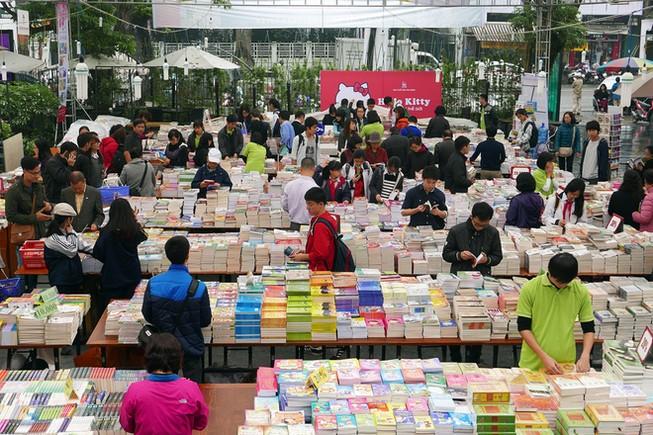Hội sách Giáng sinh 2015 tại thành phố Hồ Chí Minh