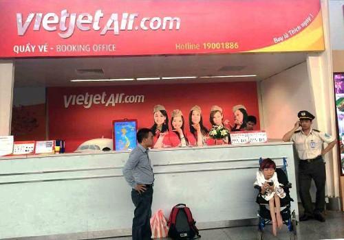 Xử phạt 2 nhân viên Vietjet vì từ chối vận chuyển hành khách khuyết tật
