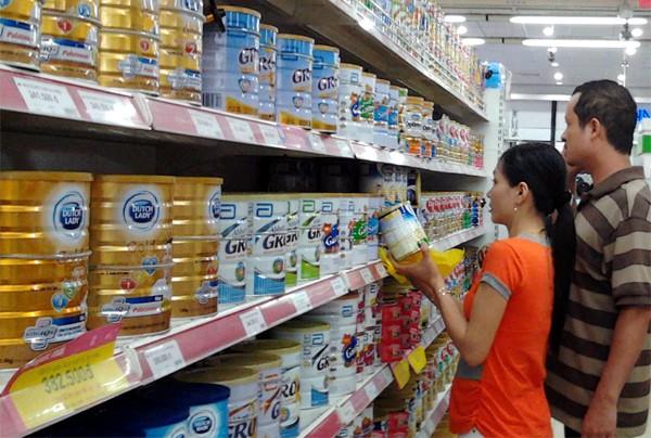 Sữa cho trẻ dưới 2 tuổi sẽ giảm 4% từ 25-4