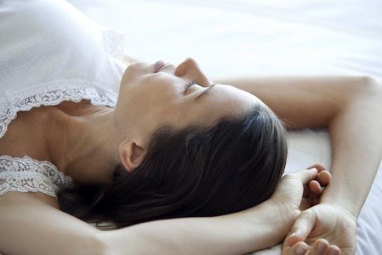 Ảnh hưởng của tư thế ngủ lên tâm lý và sức khỏe