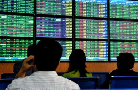 Cổ phiếu ngân hàng tăng vọt