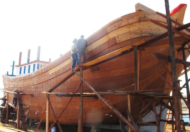 Thêm 7 ngư dân Bình Định vay vốn đóng tàu vỏ thép