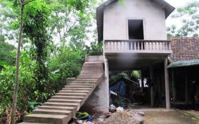 3.000 hộ nghèo miền Trung có nhà tránh bão lụt