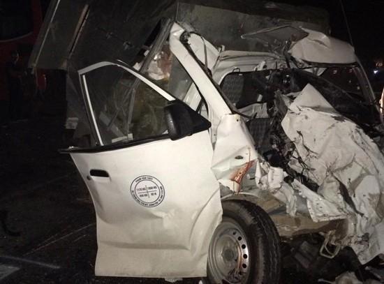 Tai nạn kinh hoàng làm bốn người thương vong