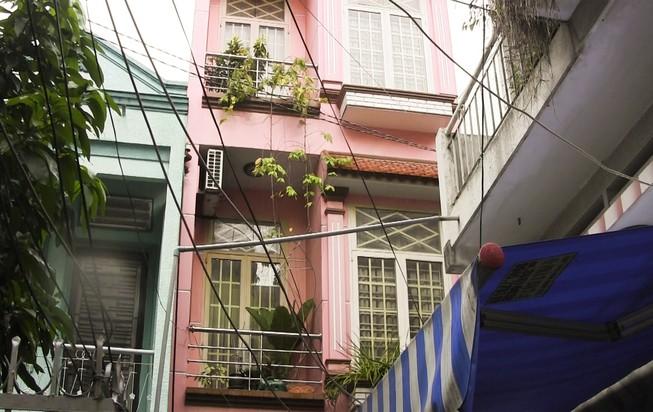 Việt kiều buôn đồ cổ chết bất thường trong nhà trọ