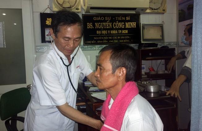 Ông Huỳnh Văn Nén đã được mổ mắt