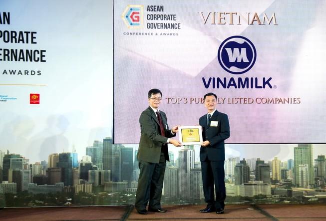 Vinamilk nhận giải thưởng quản trị công ty khu vực ASEAN