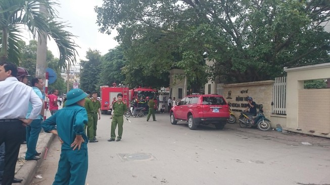 Cháy tại BV Lão Trung ương, bệnh nhân tháo chạy