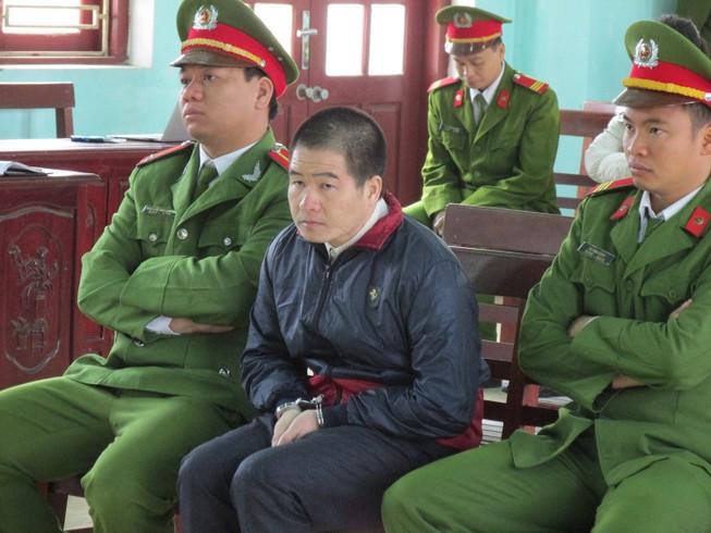 Bố đẻ và vợ Tàng Keangnam đều chối tội