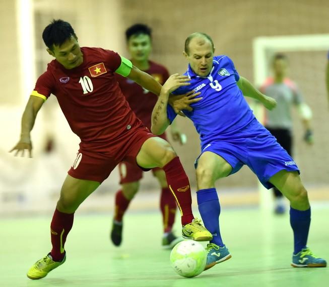 Futsal Việt Nam 3-3 Uzbekistan: Kịch tính!