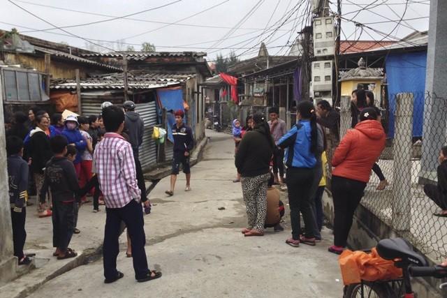 Hai nhóm thanh niên hỗn chiến, một người bị đâm chết