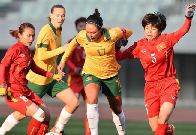 Tuyển nữ Việt Nam thua chín bàn trước những cô gái xứ chuột túi