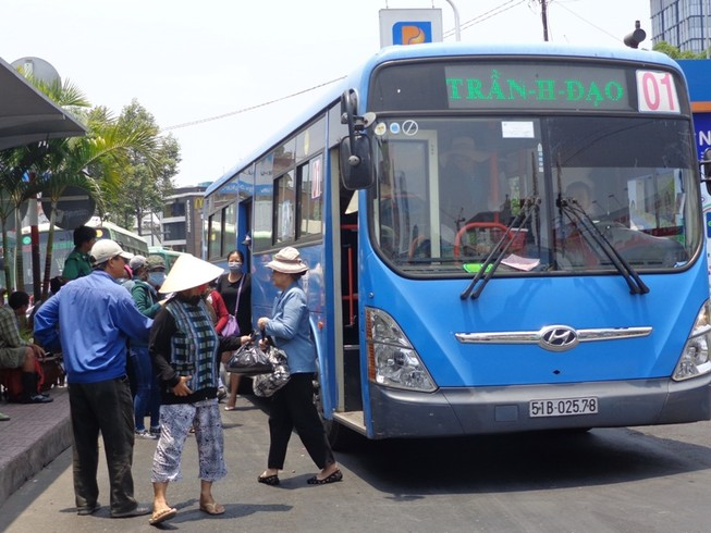 Cần có chính sách quốc gia về phát triển xe buýt sạch CNG