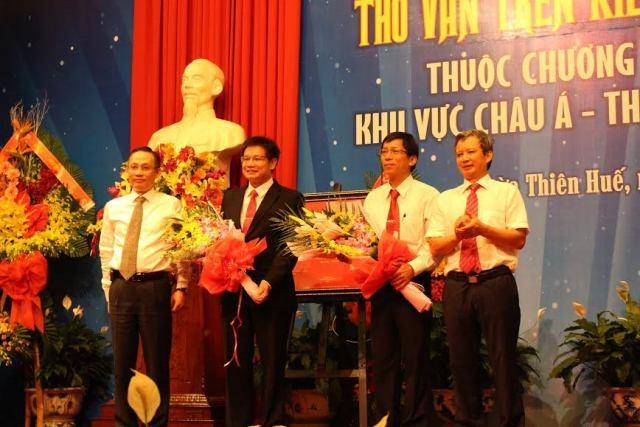 Vinh danh di sản tư liệu 'Thơ văn trên kiến trúc cung đình Huế'