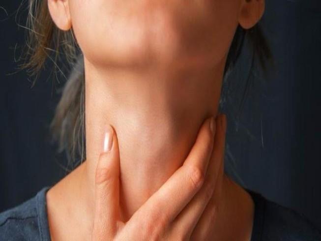 5 phương thuốc thảo dược chữa đau họng cực kỳ hiệu quả