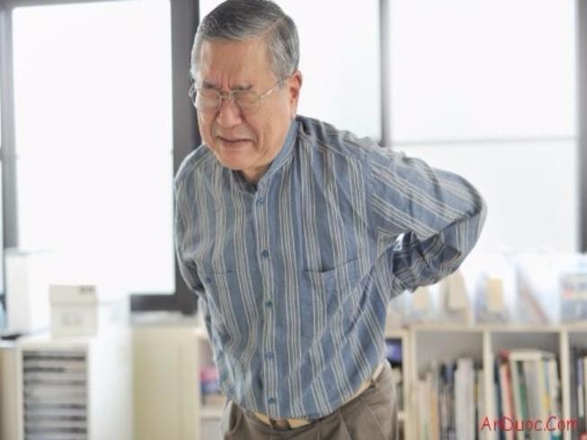 5 điều nên và không nên làm khi bị đau lưng