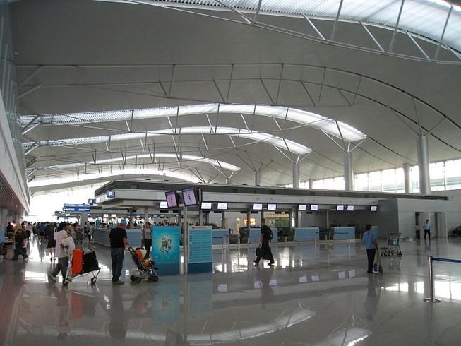 Đề nghị tăng hai ga hành khách sân bay Tân Sơn Nhất