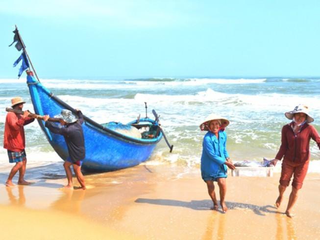Hỗ trợ ngư dân vay vốn với lãi suất ưu đãi